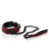 Ошейник с поводком Scandal Collar with Leash от California Exotic