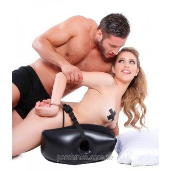Надувная подушка с наручниками Deluxe Position Master with Cuffs от Pipedream Products